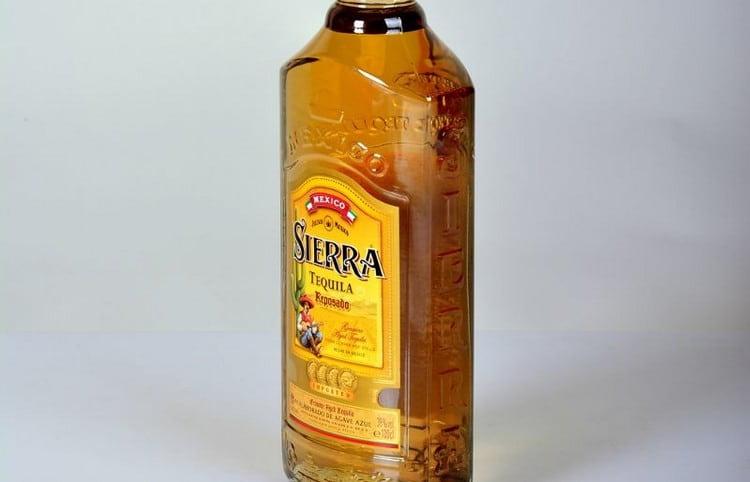 Марка Сиерра тоже выпускает напиток сорта репосадо.