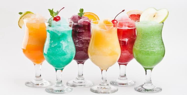 Как сделать алкогольный коктейль в домашних условиях