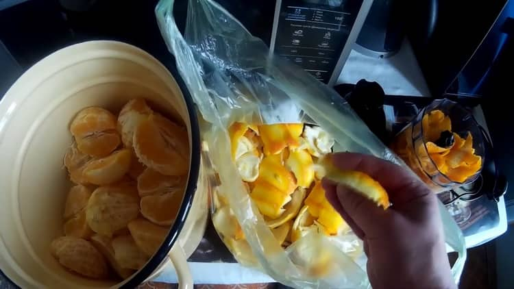 Простой рецепт приготовления самогона на апельсиновых корках