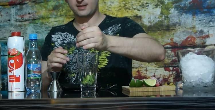 Как приготовить клубничный мохито