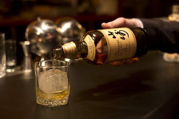 Как подают японский односолодовый виски