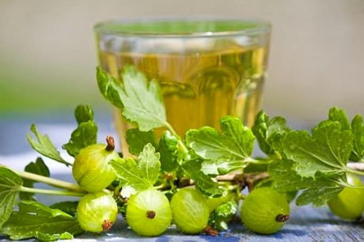 вино из крыжовника с лимоном