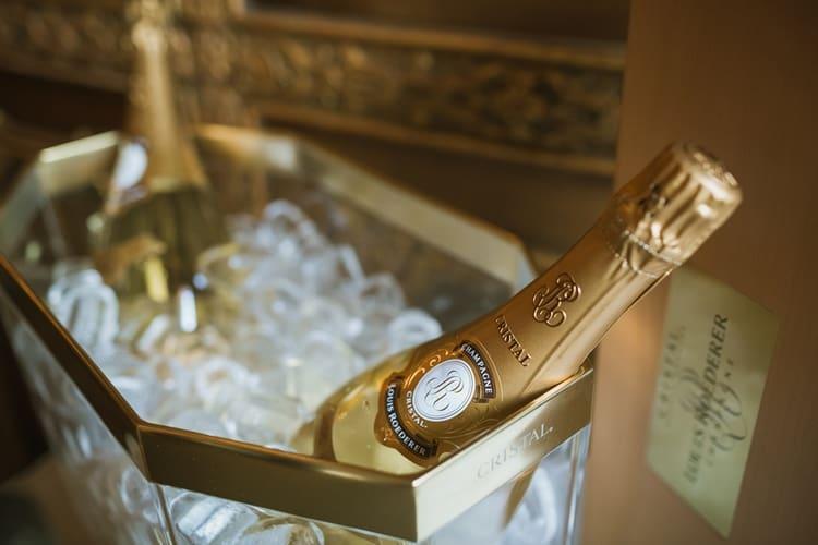 не помешает знать и самое дорогое шампанское в России.