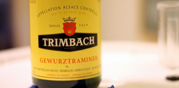 Популярностью пользуется вино гевюрцтраминер тримбах.