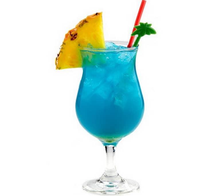 Голубые Гавайи коктейль