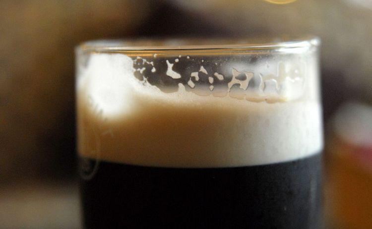 Попробуйте такое пенное пиво и сравните его с обычным.