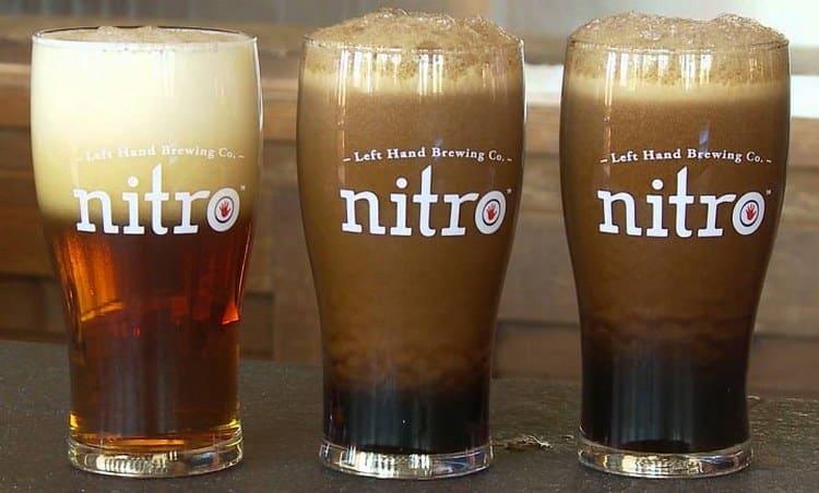 Пиво с капсулой азота было придумано для того, чтобы дольше сохранялась пенность напитка.