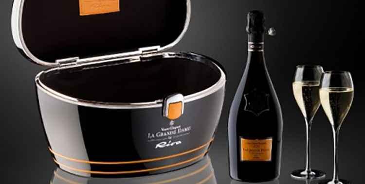 Как правильно купить Шампанское Вдова Клико