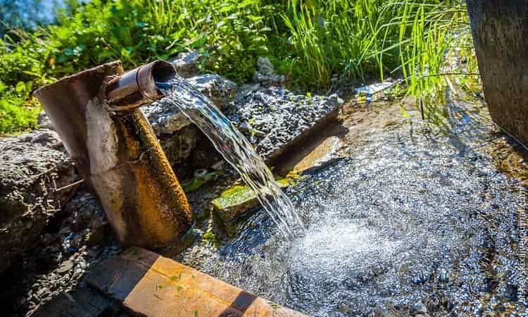 в нашей статье мы разберем какая вода лучше всего подходит для браги