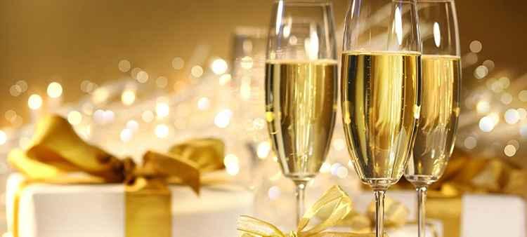 Как подавать Шампанское Вилла Бланка