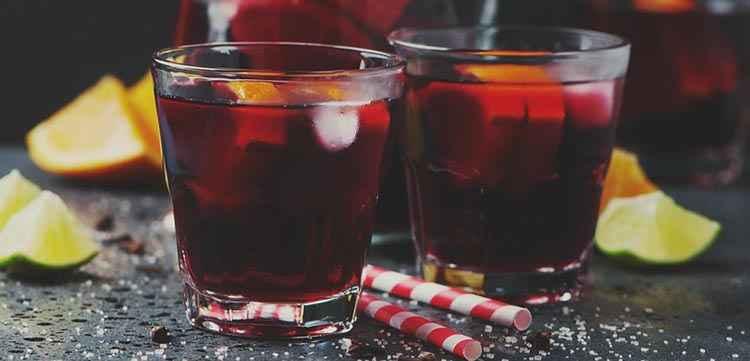 Вино Черный лекарь и коктейли с применением напитка