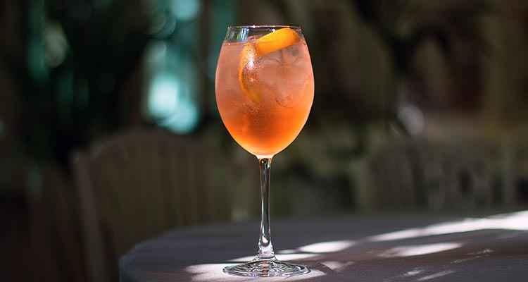Вино Шираз применение в коктейлях