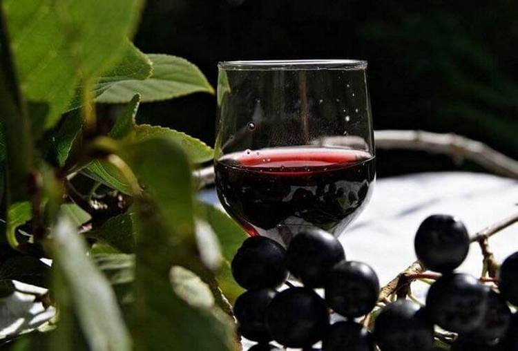 такое вино хранится достаточно долго.