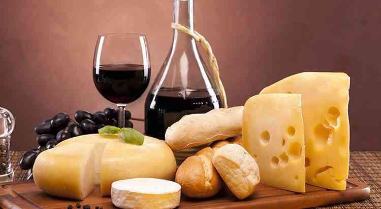 Вино к сыру какой напиток подойдет лучше