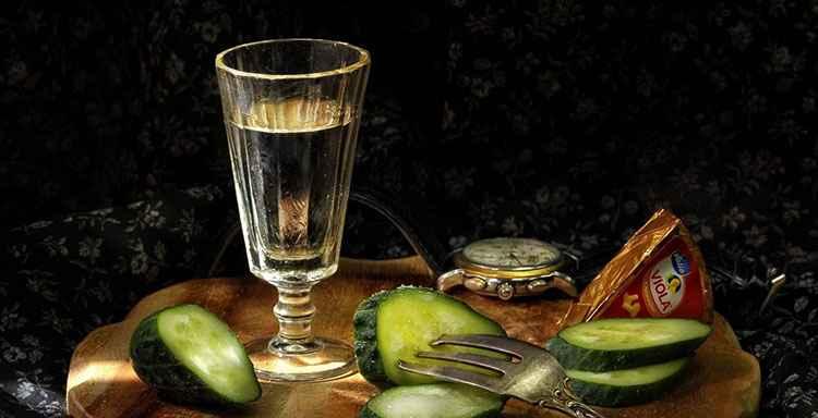 Водка Беленькая станет прекрасным украшениям вашего стола