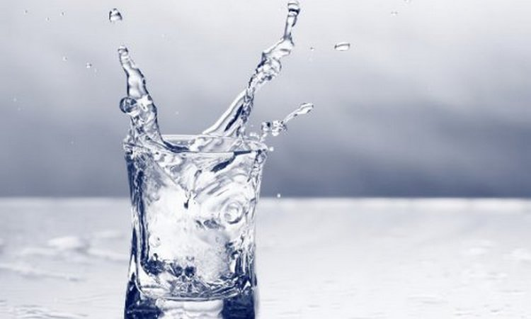 Пить этот продукт желательно охлажденным.