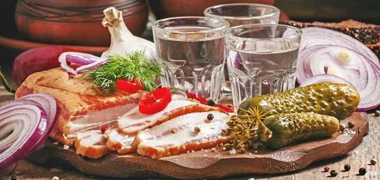 Водка Онегин с какими закусками сочитается