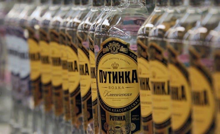 Водка Путинка производится на Московском заводе Кристалл.