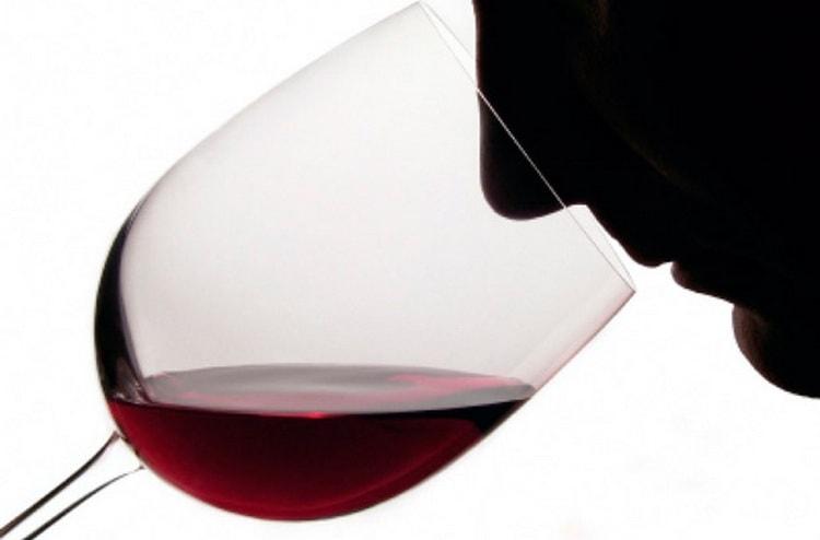 Аромат болгарського вина