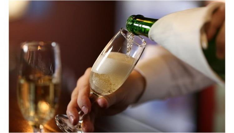 как правильно подавать шампанские вина новый свет