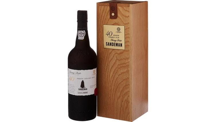 хороший недорогой португальский портвейн