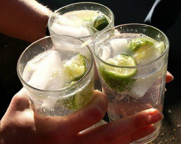 Как подают арцах напиток
