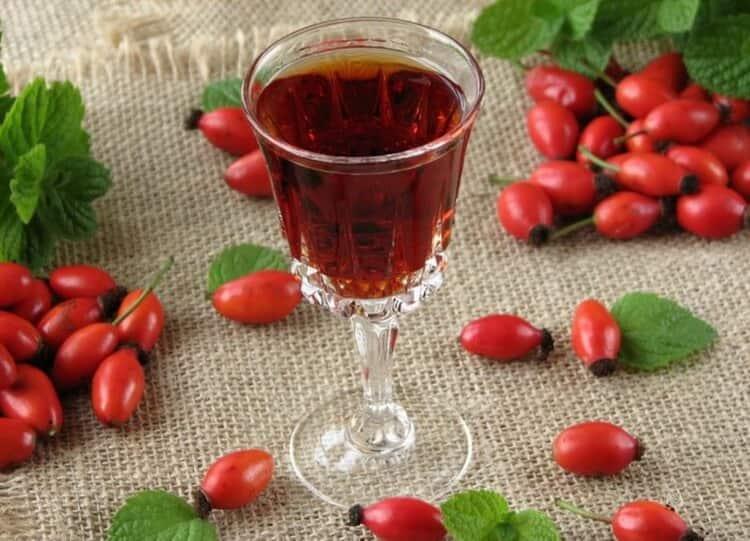 Как приготовить вино из шиповника в домашних условиях простой рецепт