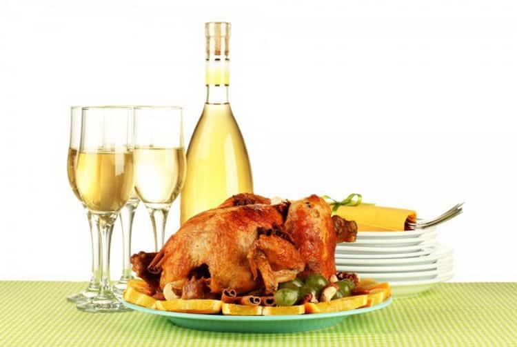Какое вино к курице нужно подавать