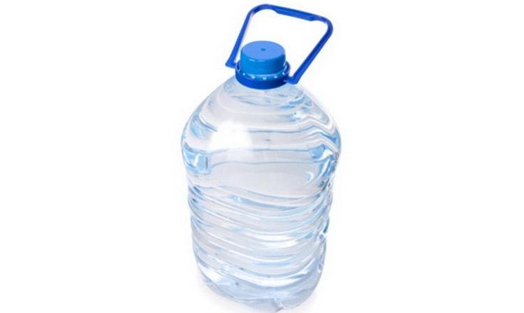 Питьевая вода из ПЭТ-бутылок