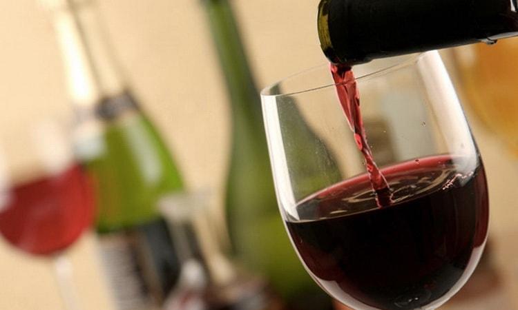 сколько хранится вино после вскрытия бутылки