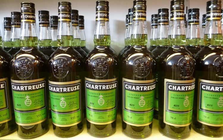 Как не прогадать с оригиналом ликера chartreuse