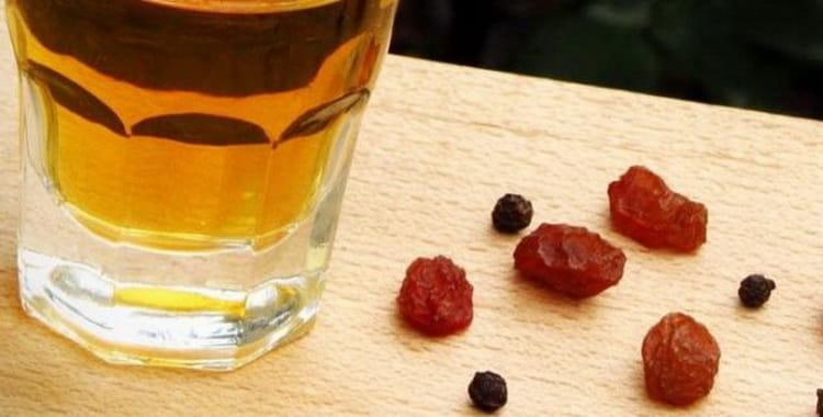 Рецепт приготовления еврейской изюмной водки пейсаховки в домашних условиях