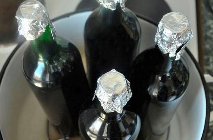 Идеальный вариант, как убрать из домашнего вина уксус, это пастеризация.