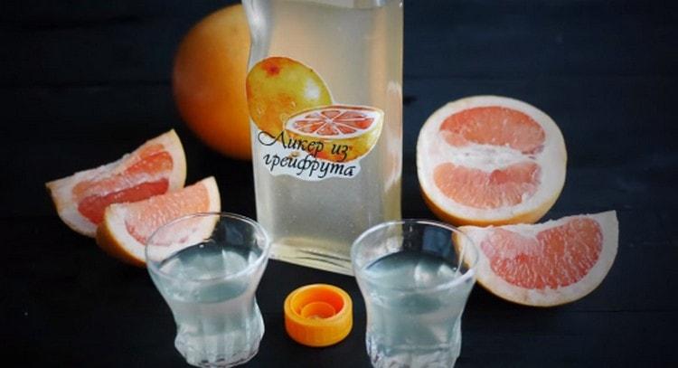 Как видите, приготовить грейпфрутовый ликер в домашних условиях не составит труда.