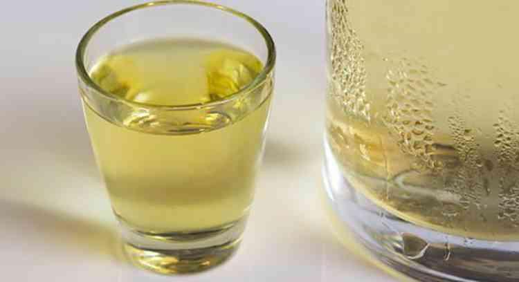 Грушевая водка как подавать напиток
