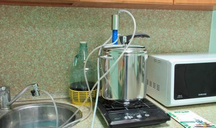 Узнайте, как подключить самогонный аппарат.