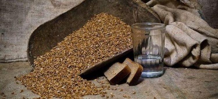 Вопрос о том, нужно ли проращивать пшеницу для браги, неоднозначный, ведь это вовсе не обязательно, хотя и очень хорошо влияет на вкус будущего напитка.