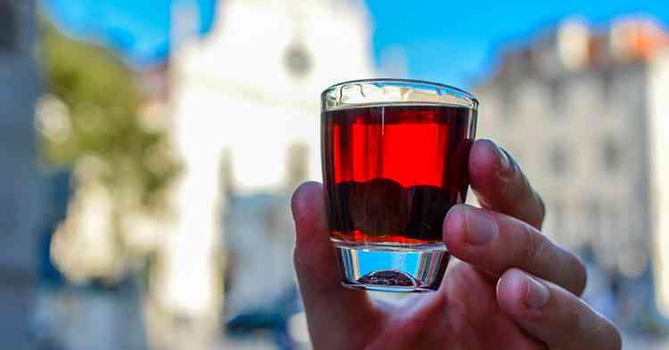Ликер Жинжа как подавать напиток
