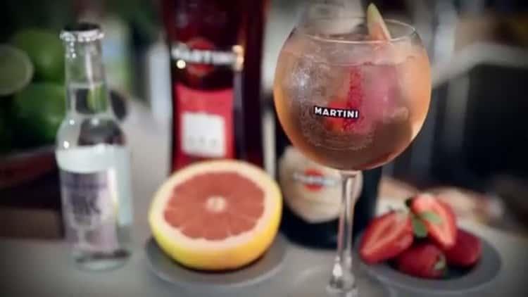 с чем пьют розовый мартини