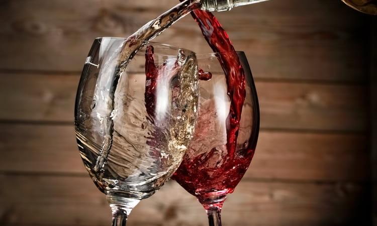 чем отличается красное вино от белого