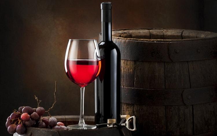 Как производят вкусное сухое красное вино
