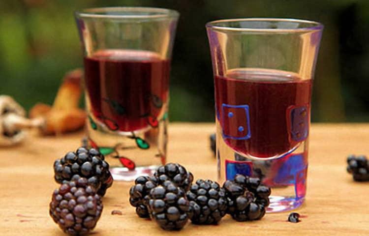 Виды вина ежевики из сербии