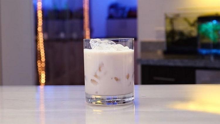 Водка с молоком