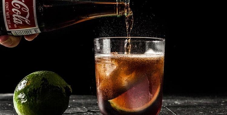Рецепты приготовления коктейлей с колой