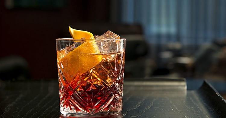 Коктейль Американо это поистине классика в мире барного искусства.