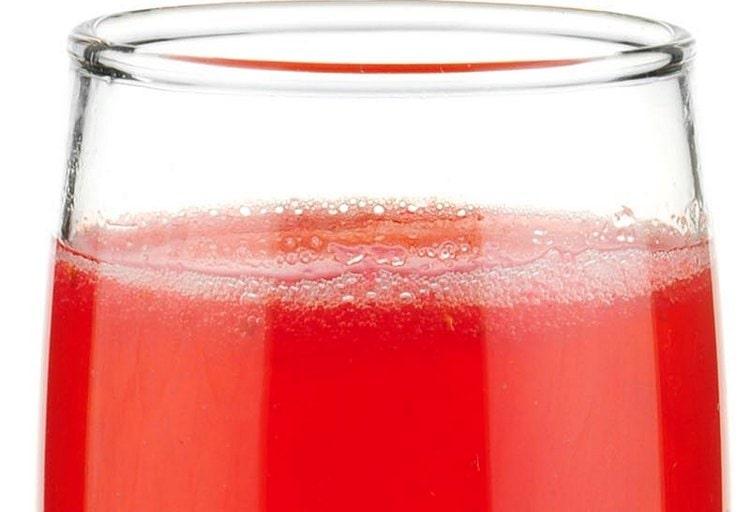 Есть много рецептов алкогольных коктейлей с гренадином.