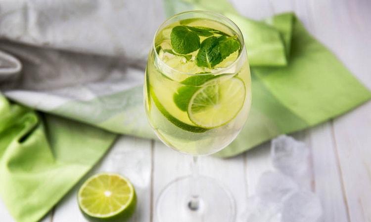 Зеленый мартини рояль коктейль состав