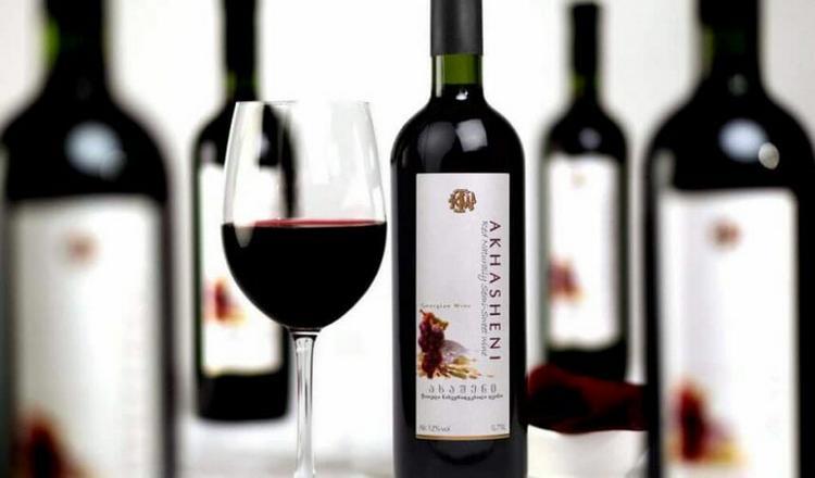 Вино Ашехени тоже принадлежит к молодым сортам.