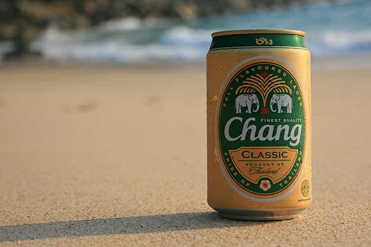 Как подают пиво в тайланде