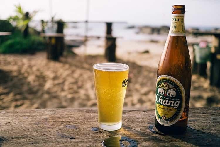 Как правильно пить пиво chang